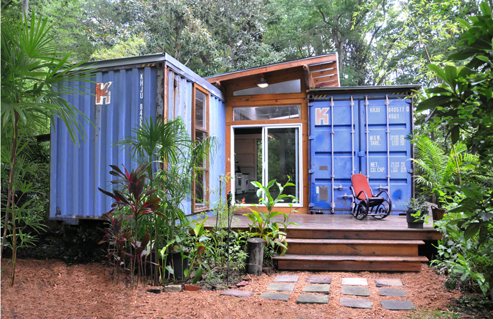 2_Shipping_Container_Home__-_Savannah_Project__Price_Street_Projects__-_Florida____7_.jpg